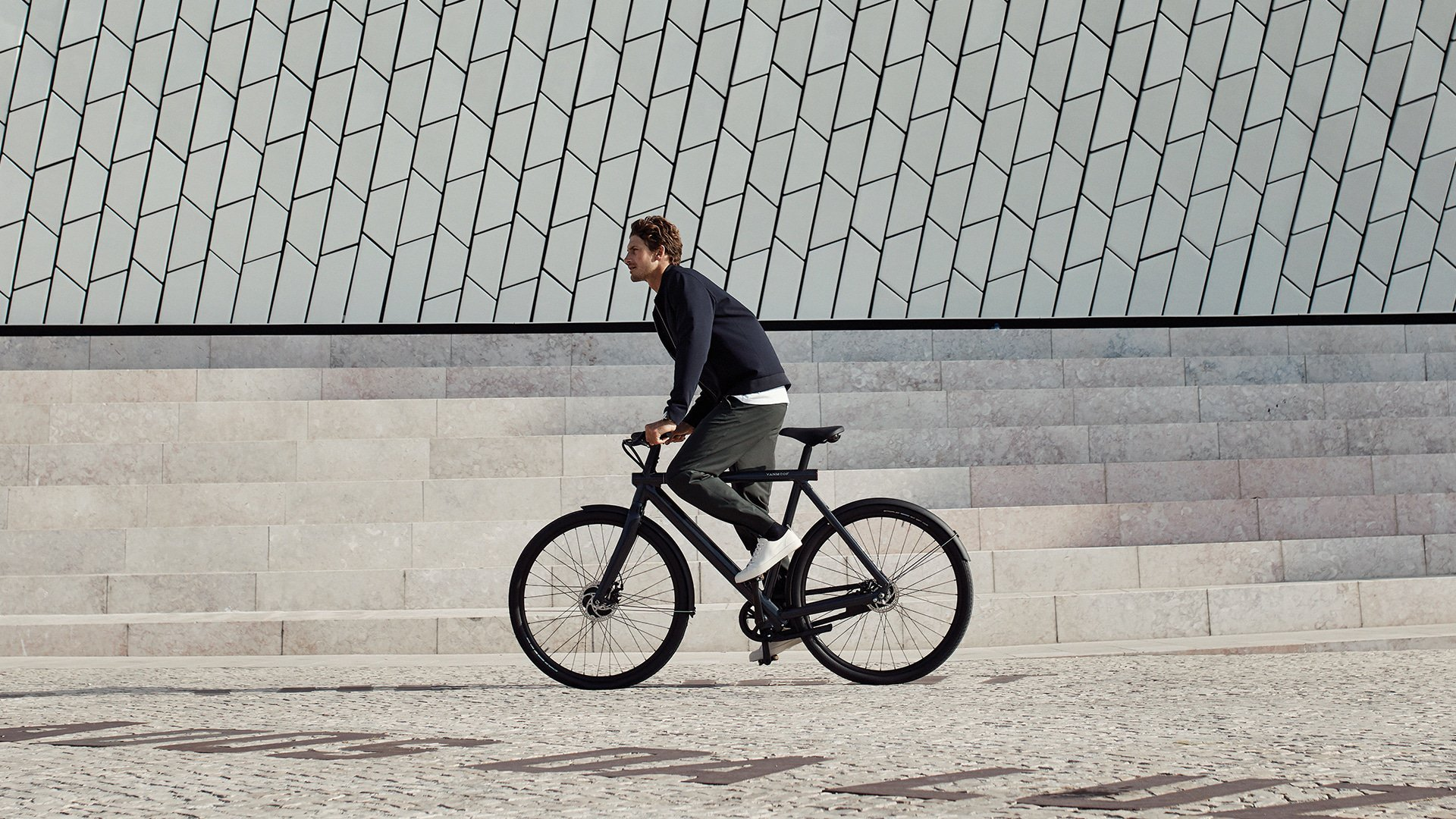 Electric Bikes for the City - VanMoof Electrified S2 & X2